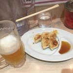 ばさらか - ビールセットの餃子とビール