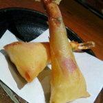 萬房 - 海老のチーズ春巻き680円
