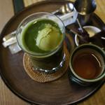 文の助茶屋 - グリーンティ・フロート  650円