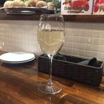 イタリアン酒場 THE MARCHE - グラスワイン(白)