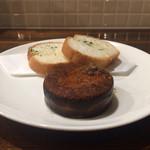 イタリアン酒場 THE MARCHE - スモークチーズのカリッとトロッとソテー(ハーフ)