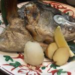 64363384 - 焼き魚(目鯛カマ)