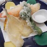 和どう - 料理写真:天ぷら盛り合わせ