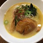 麺屋 龍 & ファミリー - 濃厚鶏白湯 単品750円