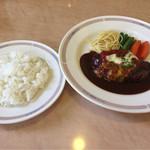 マナハウス - 料理写真:日替わりBランチ(チーズハンバーグ)