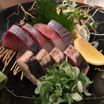 食彩味処 おおにし - タタキとハマチでお刺身の盛り合わせ♪