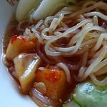 千秋 - 冷麺 辛味を投入