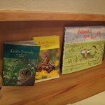 カフェ山小や - 子供によく読んだ「そらまめくん」の絵本が置いてありました
