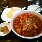 桂園 香港酒家 - 【本日のサービスランチ】麻婆麺セット