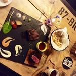 Jukuseinikubaruthimba - ▲アンガス牛熟成ステーキ、ソースも美味しい