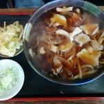 つるや - 肉うどん(700円)