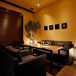 4〜7名様での接待、会食に最適な完全個室です