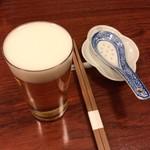 Gessen - 8000円コース、まずは一口ビール(ハートランド) 250円で乾杯