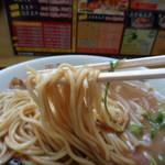 徳島ラーメン奥屋 - 麺リフト