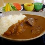 レストラン源 - いわて南牛角切り肉たっぷりのビーフカレーライス\1,200
