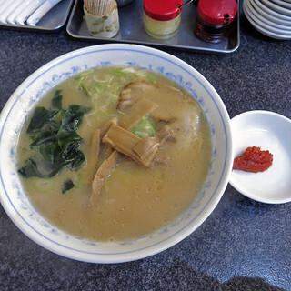 ラーメン 前田家 - ラーメン(並)