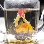 中国料理 翡翠宮 - 工芸茶(オーバー・ザ・レインボー