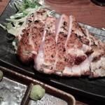 64403776 - 大山鶏の香味刺身ステーキ