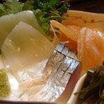 味菜 - 刺身盛り合わせ(〆鯖、烏賊、鰆昆布締)