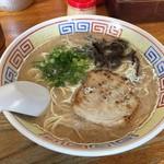 ラーメンおいげん - 豚骨ラーメン(600円)