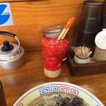 ラーメンおいげん - 紅生姜、白の摺りごま