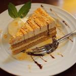 レブール - 黒蜜ときなこのケーキ \410-