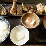 備長炭や いこる - 焼き魚5種盛り定食