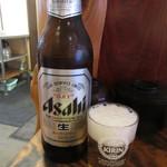 焼肉ひげ - 瓶ビール(大650円 税別)  (2017.3)