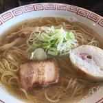 おお田ラーメン店 - 淡口醤油ラーメン(500円)