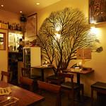 カフェ ランドスケープ - アットホームな店内。