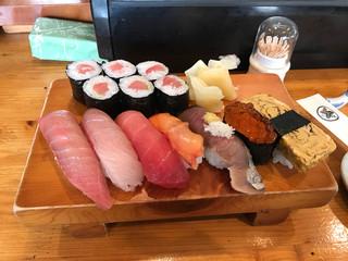 味創 - ランチ寿司