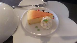 980トッポッキ 食べ放題 - チーズケーキ セット価格972円