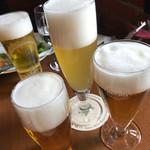 64430061 - ビール飲み比べセット(手前三種)と奥はハイネケン