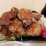 北海道唐揚げ えぞ丸 - ミックス定食(モモ肉、ムネ肉、ジンギスカン)