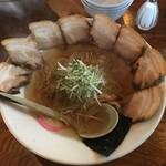 64431432 - チャーシュー麺