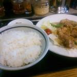 ラーメン8 - 豚肉生姜焼き定食