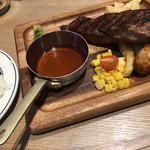 肉が旨いカフェ NICKSTOCK - サーロインステーキランチ&極太ソーセージ