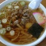 梅屋 - 料理写真:モツらあめん:650円/2017年3月