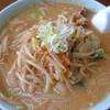 阿部支店 - 料理写真:味噌ラーメン(大盛):700円/2017年3月