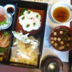 Izuei - 幕の内弁当(松)