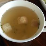 逸珈琲 - ランチのスープ