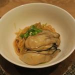 東京チャイニーズ 一凛 - 牡蠣の煮込み蕎麦1