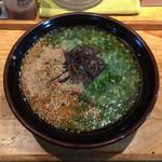 博多ラーメン かっぱ亭 - ★★★☆☆ 博多らーめん(博多麺・細麺)、720円。