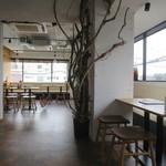 White Room Udon-Ya -