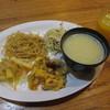花と緑のみずほ石垣島 - 料理写真:無料朝食(おかず・スープ)