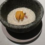 64465517 - 鱈の白子の焦がしバター焼きとラルド スライスしたマッシュルームと雲丹と2