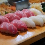 かわなみ鮨 - 大トロ、烏賊にぎり