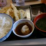 さん天 - 料理写真:天ぷら定食580円の