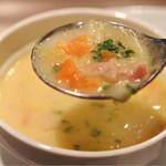 Kofuji Shokudou - 具沢山のチャウダースープ