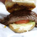 お肉のスーパーやまむらや - 近江牛ステーキバーガー